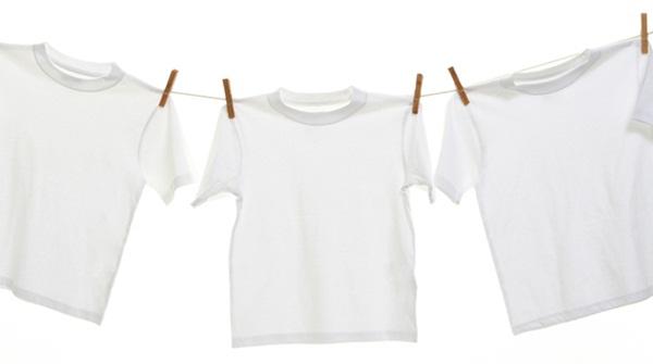 Giặt quần áo không bị vàng