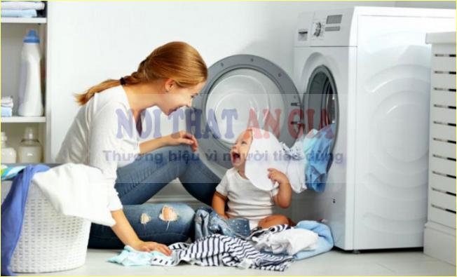 Không để trẻ nhỏ đến gần thiết bị khi hoạt động