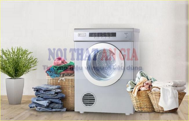 Máy sấy quần áo giúp tiết kiệm thời gian và công sức con người